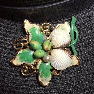 Jewelry - By The Sea Brooch